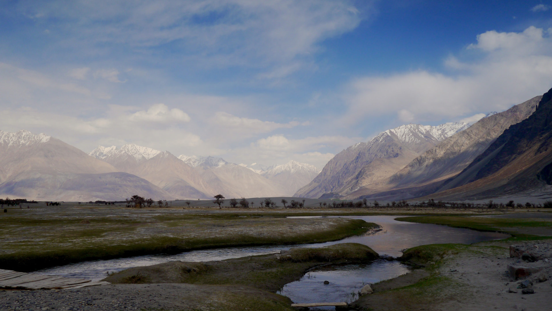 Nubra Valley is one of the most scenic spots in Ladakh (Photo credit: Pudkrong Kaewpichit).